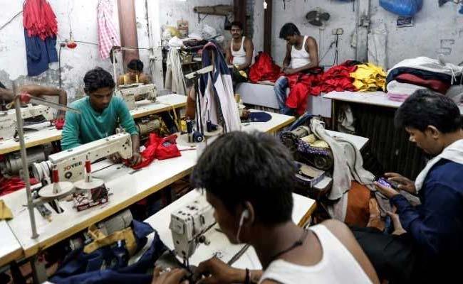 चालू वित्त वर्ष में भारतीय इकोनॉमी में आ सकती है 8% की गिरावट
