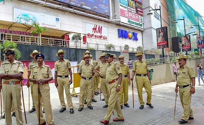 गैंगरेप मामले में बेंगलुरु में 12 गिरफ्तार